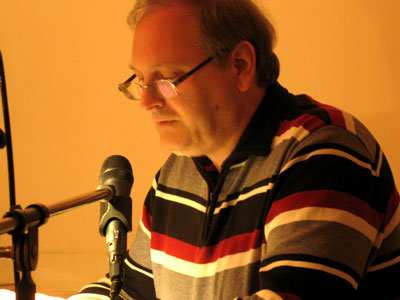 <b>Andreas Schmeling</b> las über 'Gedankendiebe', Amalie Barke berichtete von ... - 4_16_schmeling